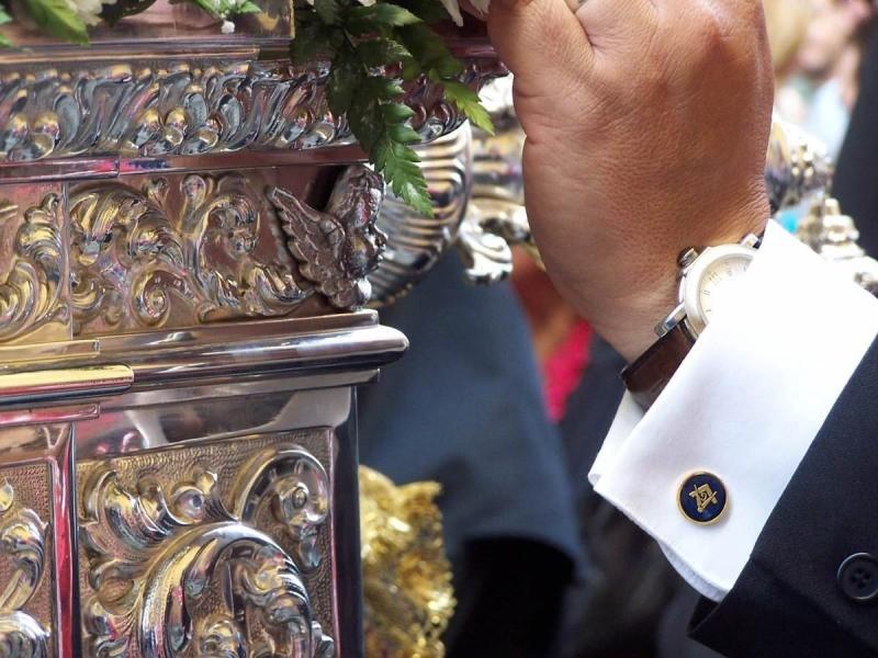 Masones-semana-santa-scaled